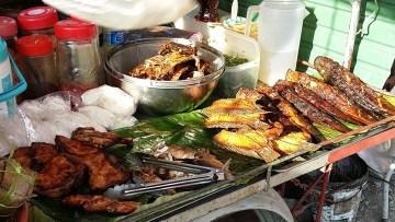 Fresh cooked fish at the Kamala Market.