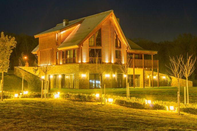 Night view of a Gatlinburg, TN overnight cabin rental
