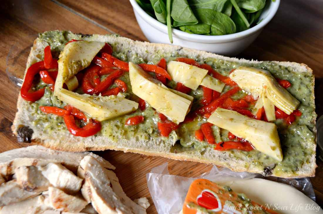 Chicken Artichoke Step 4. This Tuscan inspired sandwich is a wonderful blend of flavors that's perfect for a quick lunch, Boasting a perfect balance of sweet and savory.