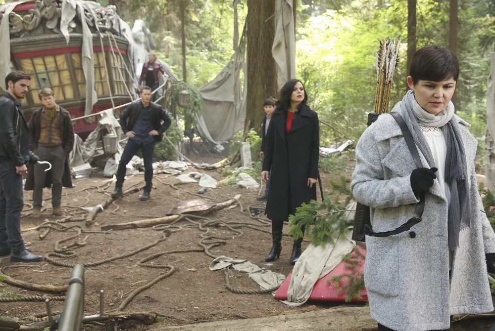"""ONCE UPON A TIME - """"The Savior"""" - As """"Once Upon a Time"""" returns to ABC for its sixth season, SUNDAY, SEPTEMBER 25 (8:00-9:00 p.m. EDT), on the ABC Television Network, so does its classic villain-the Evil Queen. (ABC/Jack Rowand) COLIN O'DONOGHUE, HANK HARRIS, JOSH DALLAS, JENNIFER MORRISON, JARED S. GILMORE, LANA PARRILLA, GINNIFER GOODWIN"""