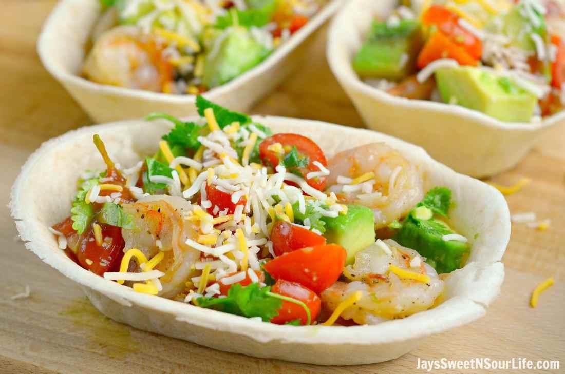 garlic-butter-shrimp-taco-boats-3