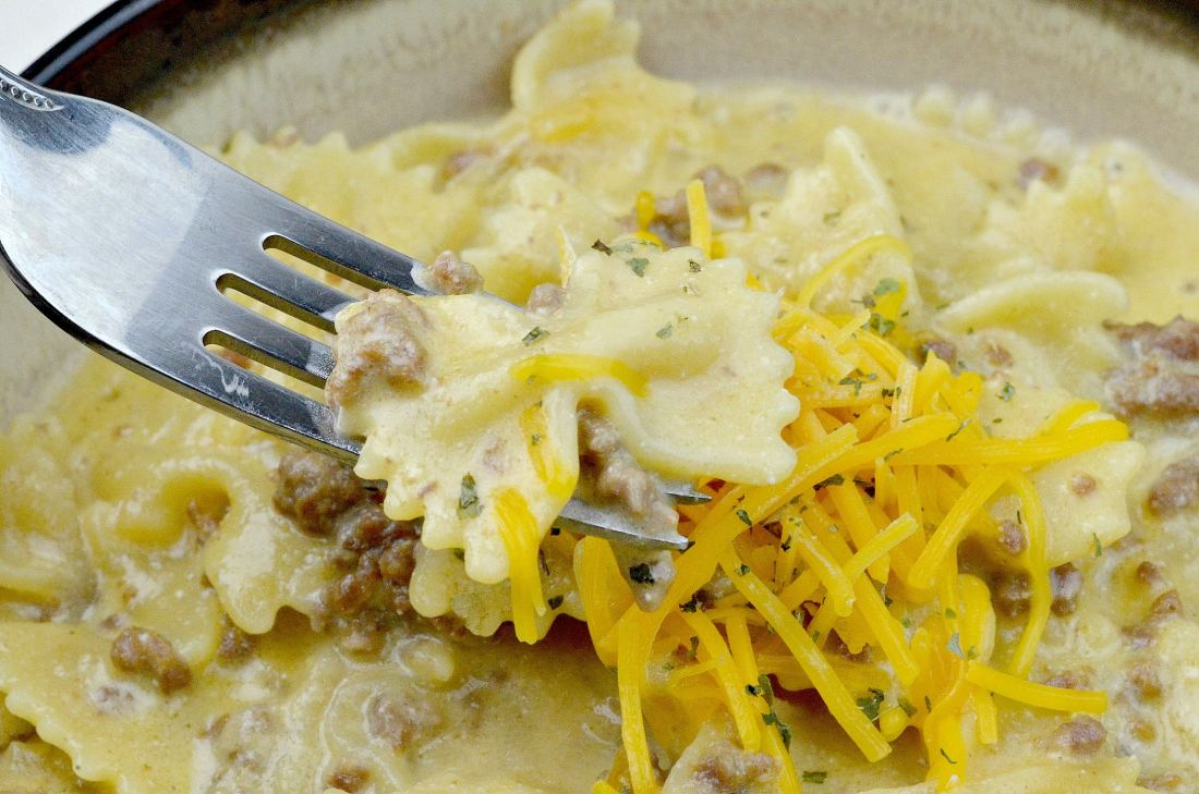 Pressure Cooker Copycat Hamburger Helper Cheddar Melt