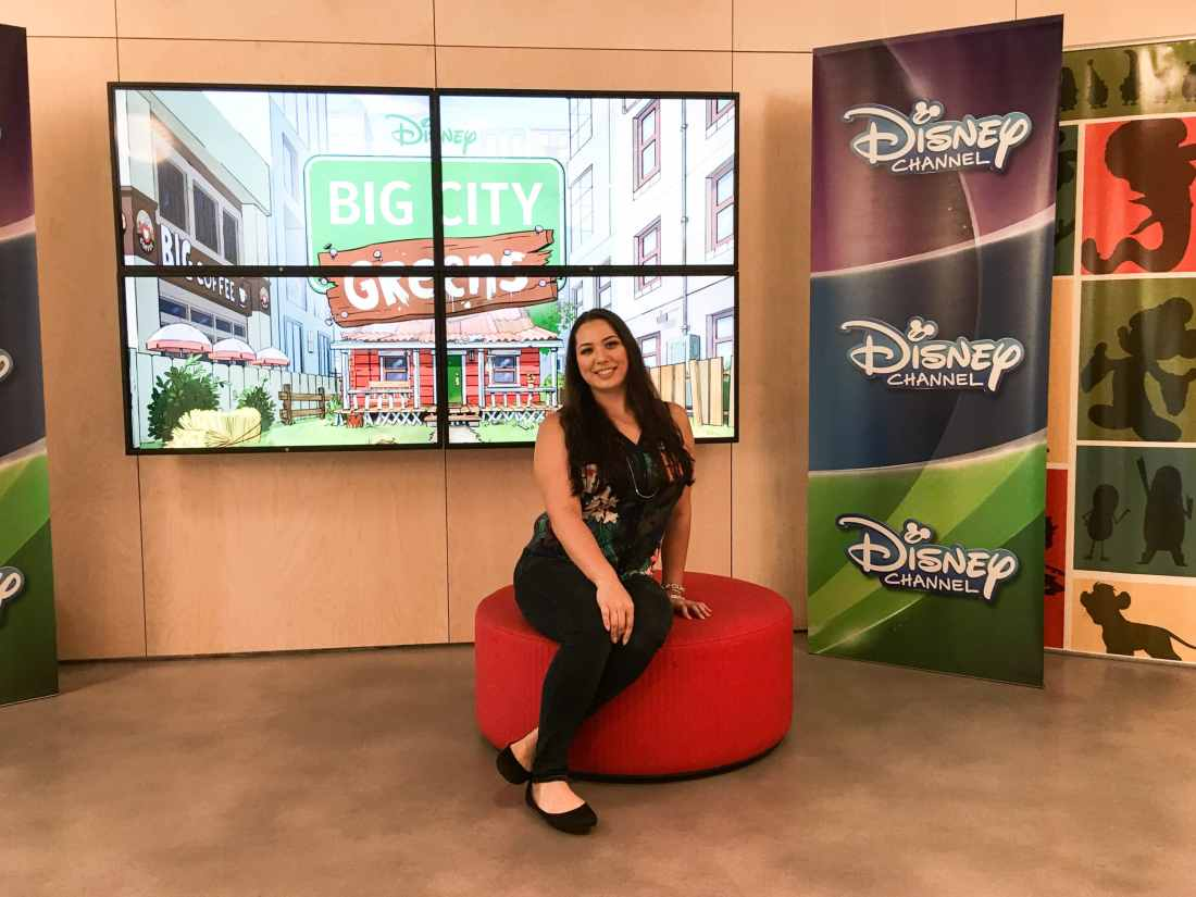 Jessica Simms Jays Sweet N Sour Life at Disney Channel Building infront of Big City Greens Sign. Read my full article on Disney Channel's Big City Greens, A Peek Inside This NEW 2 Funny + 1 Part Heart Series.