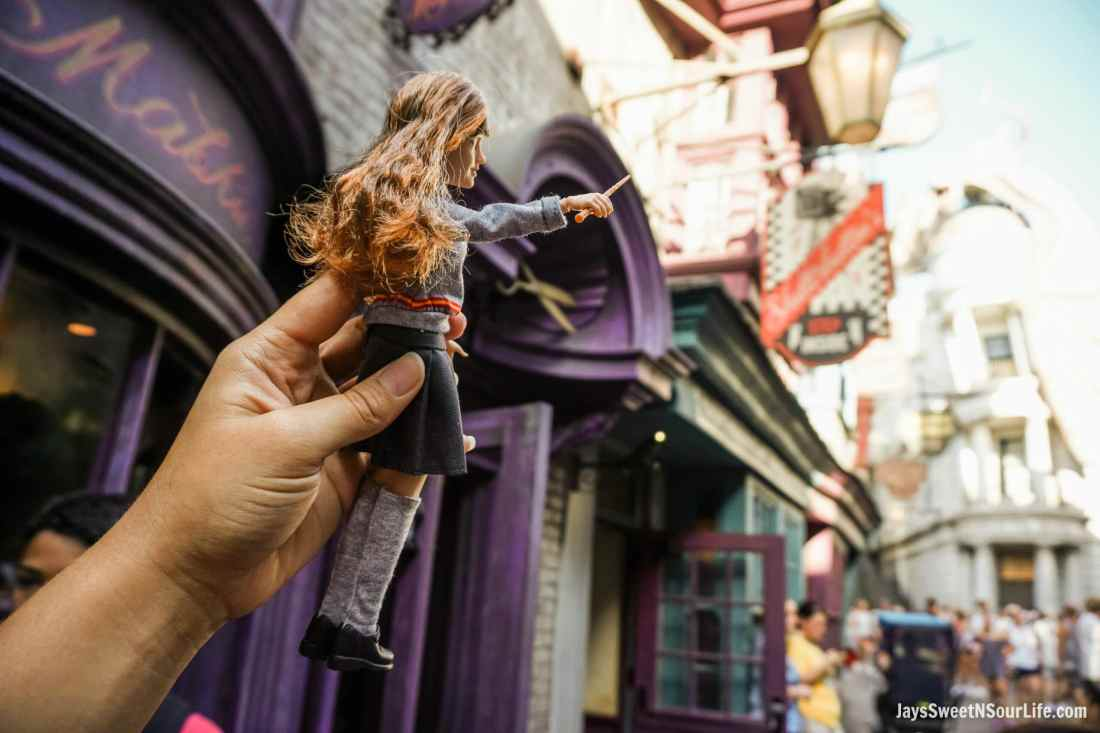 Harry Potter Dolls Hermione Diagon Alley Store Front. Learn more aboutthese collectable Harry Potter Dolls at Jayssweetnsourlife.com .