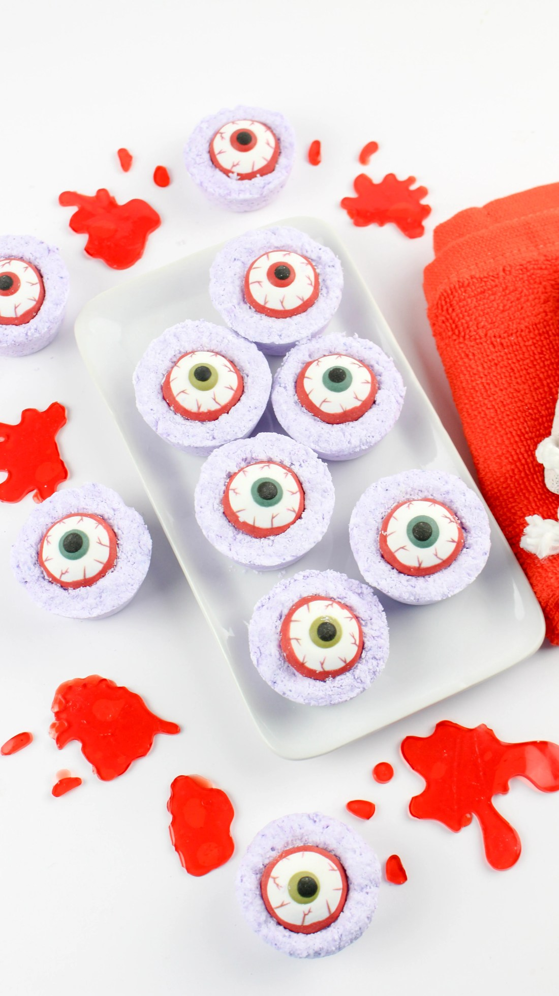 Longshot Zombie Eyes Bath Bombs. Create your very own DIY Zombie Eyes Bath Bombs.