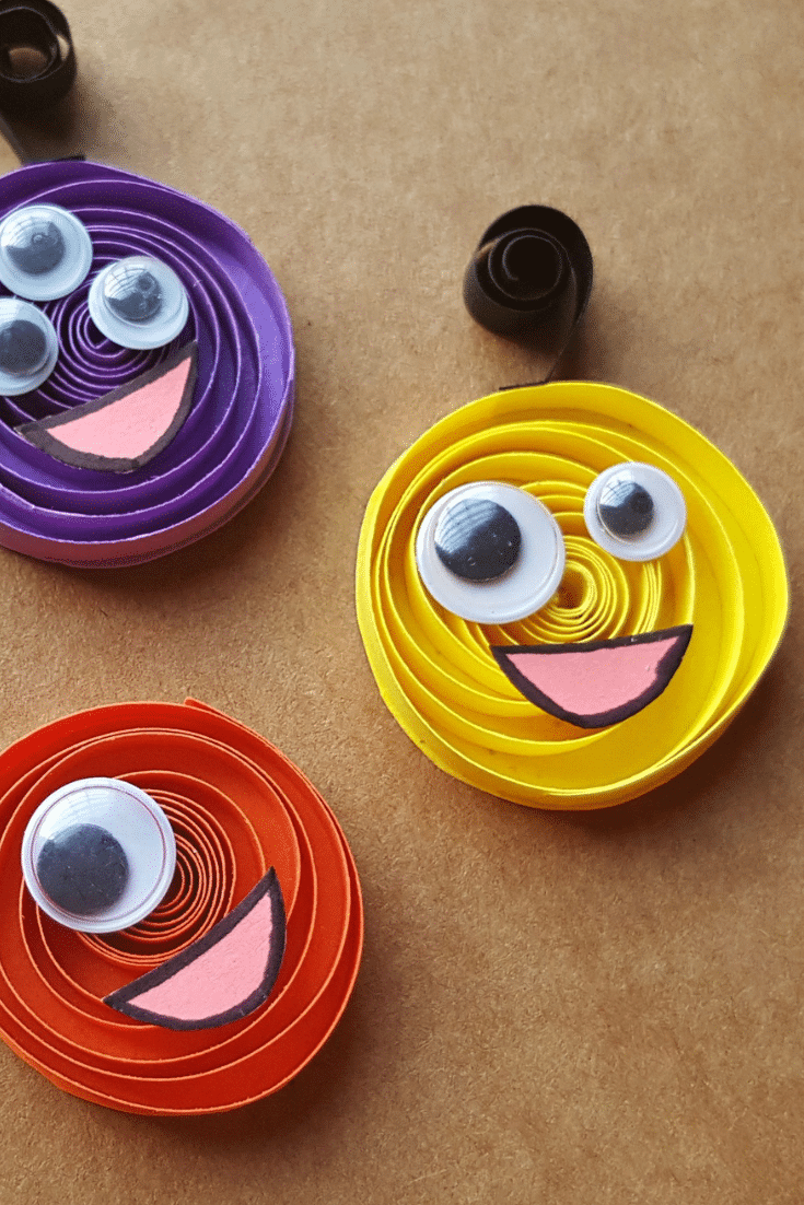 Paper Quilling Halloween Monsters Closeup of Cute Little Monsters. It's time to get crafty with this easy to follow Paper Quilling tutorial.