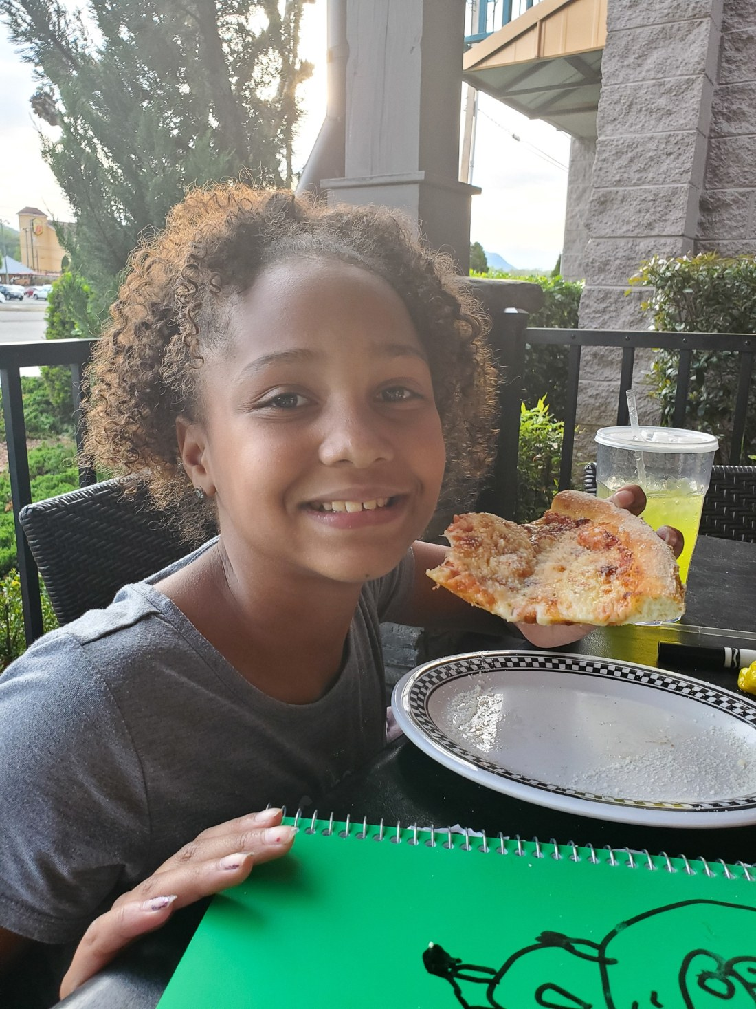 Big Daddy's Pizzeria Keturah. This is not your average pizza pie! At the heart of Big Daddy's is a 550 degree, wood-fired flame inside of a one-of-a-kind brick oven. Read all about why this freshly made pizza is my families go to pizza joint in Pigeon Forge, TN.