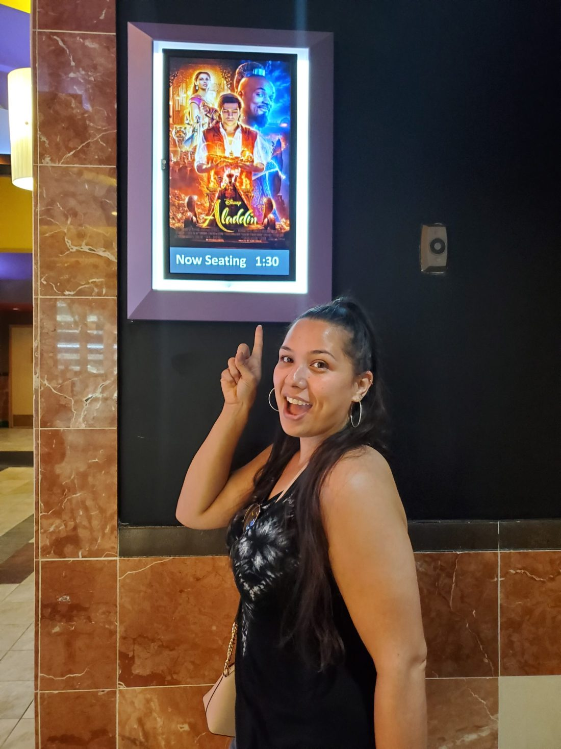 Aladdin Regal Cinema 4DX Jay. Read my full Disneys Live Action Remake of Aladdin Review on my blog. Disney's Aladdin 4DX Experience at Regal Cinemas - A Whole New World For The Younger Generation | Fangirl Review - Spoiler Alert!