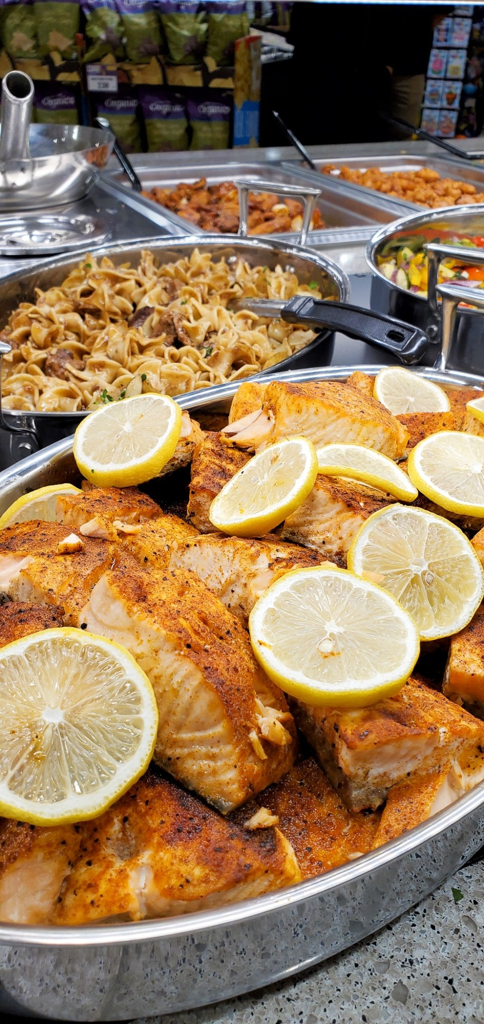 Harris teeter Hot Bar Fish. If your family is as busy as mine, then the Fresh Foods Market is a great place for you to grab freshly made meals and snacks. There is something for the whole family in this section, everything from Store-made Pizza to hand-rolled sushi.