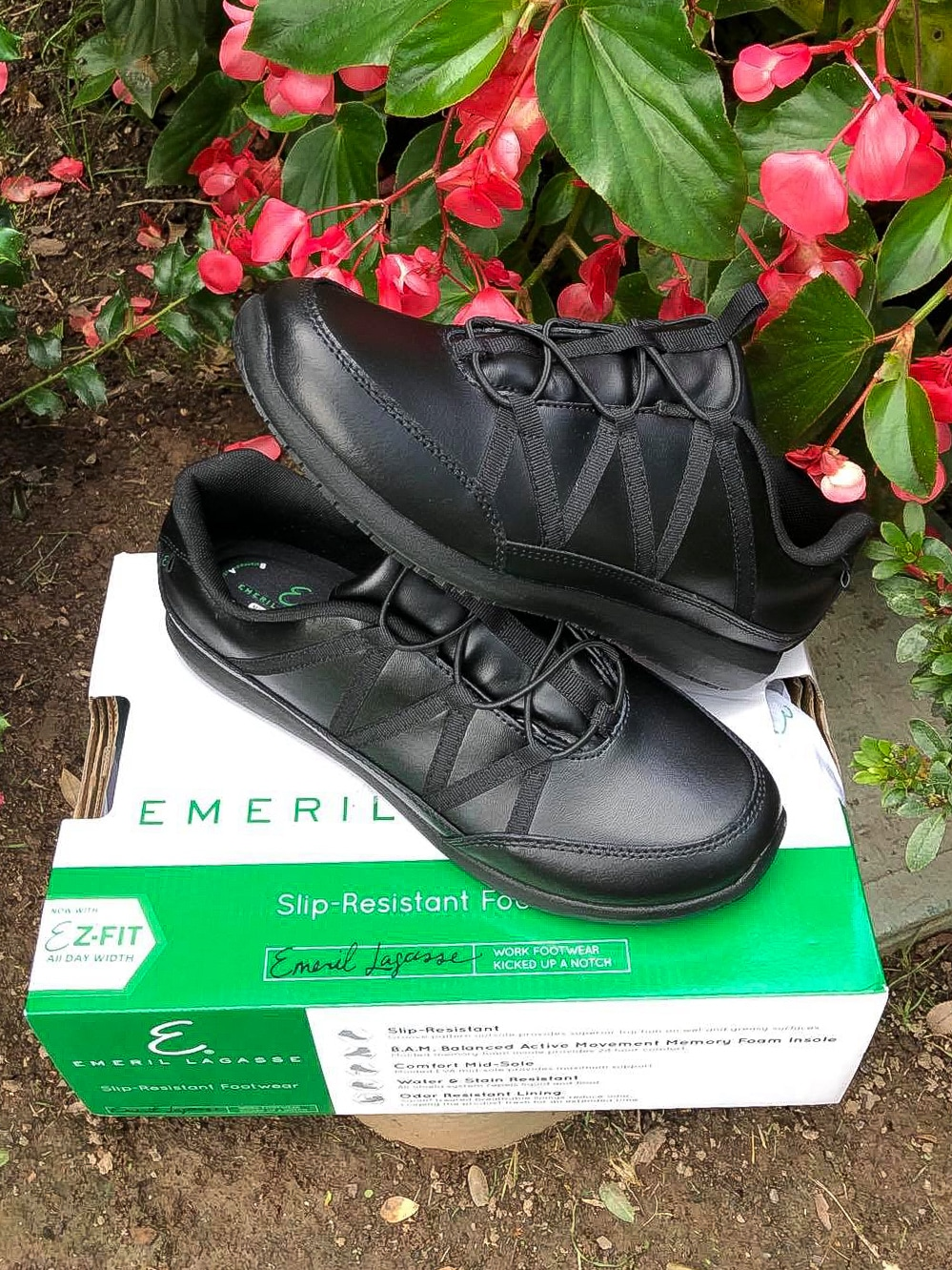 Emrils Footwear Miro Review. Step into a new pair of Chef Emeril Lagasse's work footwear, designed to be kicked up a notch. These specially designed shoes that Emeril Lagasse created with culinary and restaurant staff in mind, provide a safe workforce shoe that is suitable for an array of different professions.