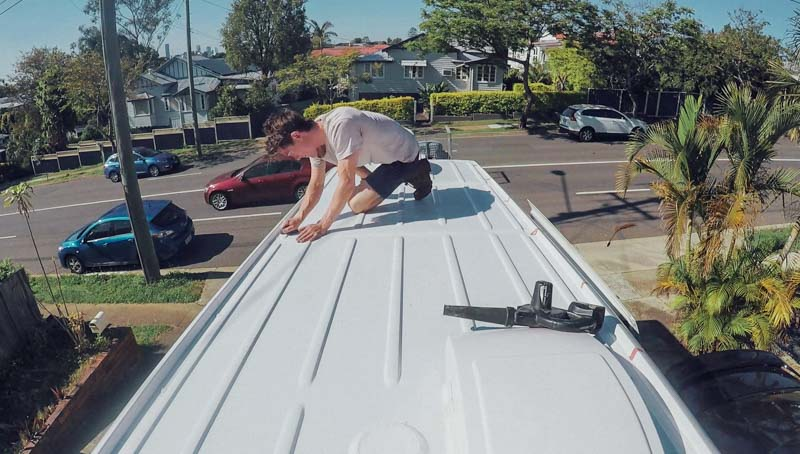 Ep.8 roof clean 2