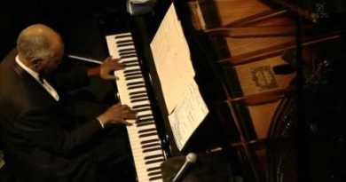 Hank Jones' The Great Jazz Trio Live Blue Note Tokyo Jazzespresso