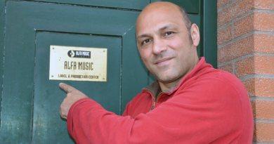 与 Fabrizio Salvatore 及 <br/> Alfa Music 唱片公司的一杯意式爵士咖啡
