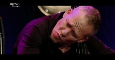 Avishai Cohen Nancy Jazz Pulsations 2015 YouTube Jazzespresso 爵士杂志
