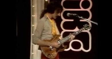 Frank Zappa Black Napkins Live YouTube Video Jazzespresso 爵士杂志