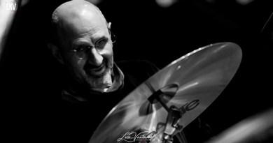 Percusiones en el jazz: un expreso con Jorge Rossy