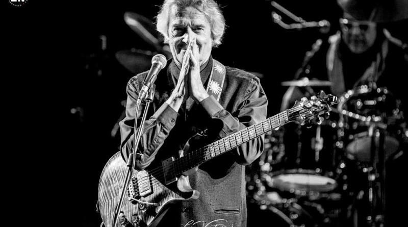 Luca Vantusso 爵士音樂人物肖像攝影 John McLaughlin