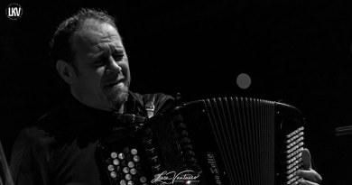 福斯托·贝卡洛西(Fausto Beccalossi) 卢卡‧范图索 爵士音乐人