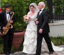classical-sax-with-bride