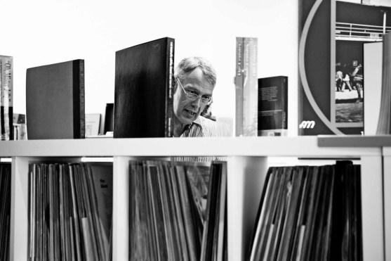 Peter Durek in seinem Laden. Foto: P. Basche