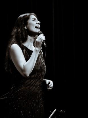 Diwan der Kontinente beim Jazzfest Berlin 2015 hier: Cymin Samawatie. Foto: Petra Basche