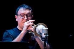 Keith Tippett Octet beim Jazzfest Berlin (hier: Fulvio Sigurta). Foto: Petra Basche