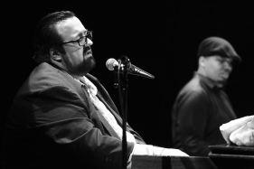 Joey De Francesco Trio, Joey De Francesco (org), Dan Wilson (g), Jason Brown (dr), April Jazz Festival, Espoo Finland, Foto Ralf Dombrowski