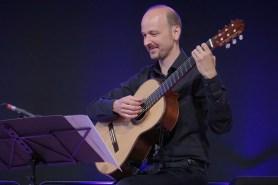 Johannes Tonio Kreusch (g), Gitarrenfestival Hersbruck, Geru-Halle, Foto Ralf Dombrowski
