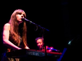 Julia Holter & Strings @ Jazzfest Berlin. Foto: Hufner