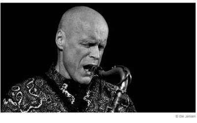 +++ News +++ »Komm mit ans Meer!« - JazzBaltica 2017 beginnt +++ Jazz Initiative Würzburg hat eine neue Website +++ Preisträgerkonzert: Erster Jazzpreis Berlin 2017 für Gebhard Ullmann +++ Internationales Oldtime Jazz Festival in Speyer im August +++