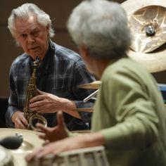 Jan Garbarek (sax), Rainer Brüninghaus (p), Yuri Daniel (b), Trilok Gurtu (perc), Herkulessaal München, Foto Ralf Dombrowski