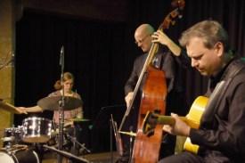 Faller-Sven-Trio_43