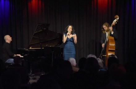 Lisa Bassenge mit Jacob Karlzon und Andreas Lang