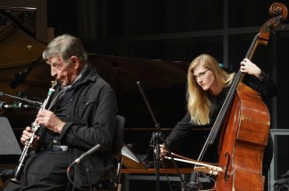 Rolf Kühn (cl), Lisa Wulf (b), Solitär, Mozarteum, Photo (c) Ralf Dombrowski