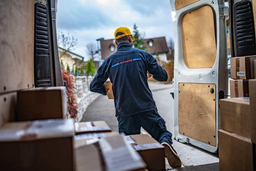 The first thing you need to know is that there are two methods for getting compensation. Delivery Driver Safety Tips | Brand Peters