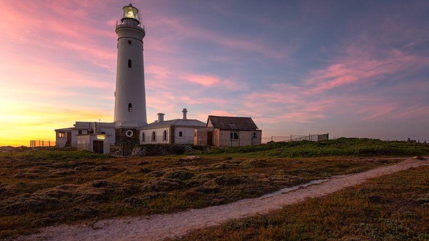 cape st francis lighthouse