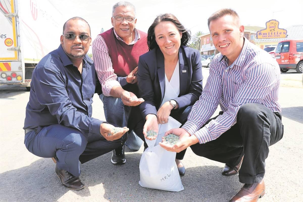 Work starts on plastic road in Jeffreys Bay