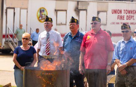 Flag_Retirement_Event-¬2015_Steve_Ziegelmeyer-0007