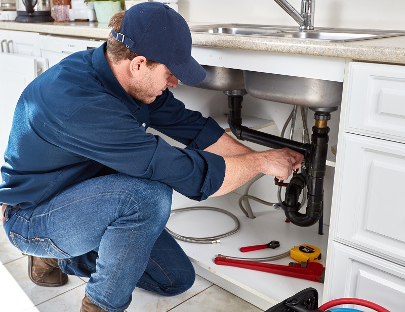 kitchen faucet repair and installation