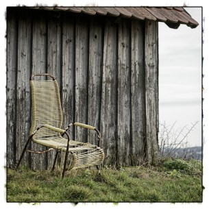 lounge chair with positive outlook