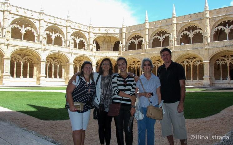 Portugal - Lisboa - Mosteiro dos Jeronimos - Claustro