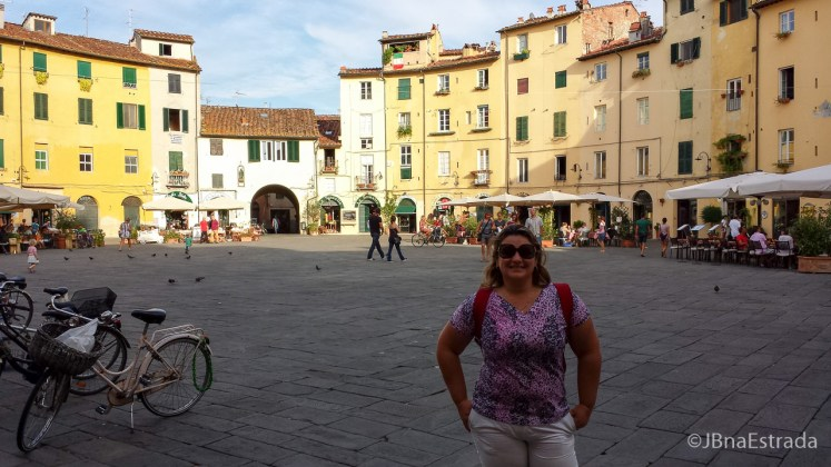 Italia - Lucca - Piazza dellAnfiteatro