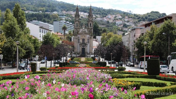 Portugal - Guimaraes - Igreja de Nossa Senhora da Consolacao e Santos Passos