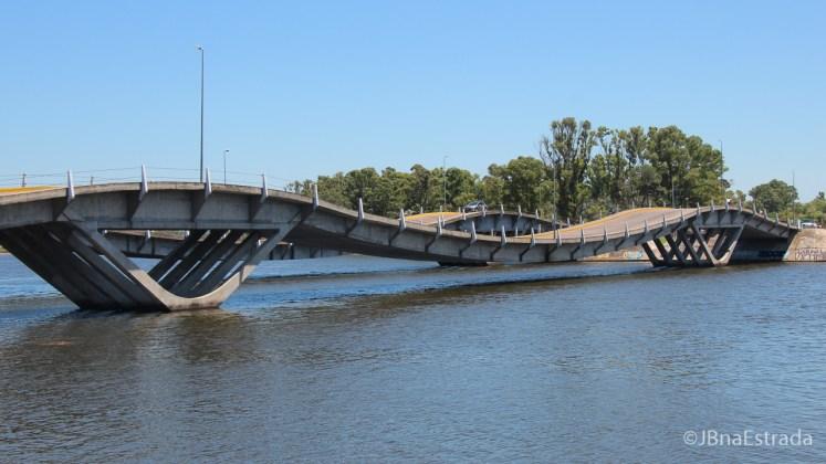 Uruguai - La Barra - Puente Ondulada Leonel Viera