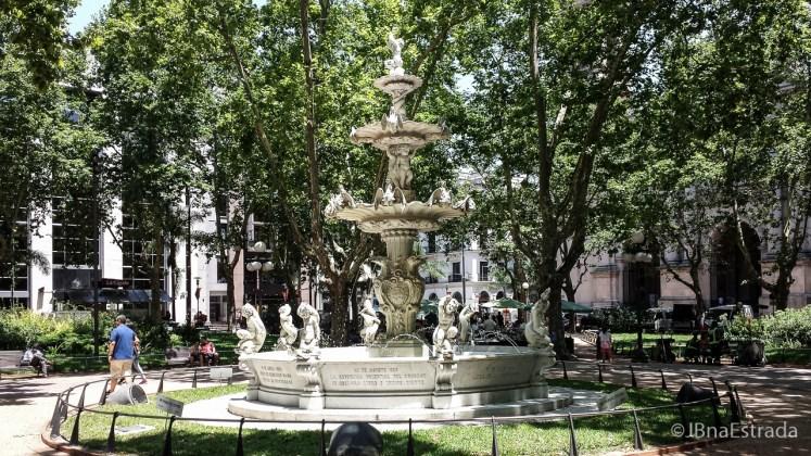 Uruguai - Montevideu - Plaza Constituicion