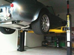 MaxJax-Car-Lift-Cobra-Sports-Car-Photo-Gallery-2