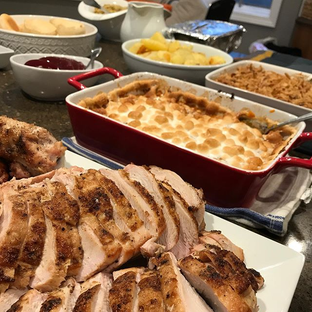 Happy Thanksgiving everyone! 🦃Broke the turkey down this year. Deboned the leg and thigh. Stuffed it with peppers, onions, and thyme. Seared and roasted the breasts. Also made the standard sides - green bean casserole, sweet potatoes, roasted and mashed potatoes. Also just started some sticky buns.