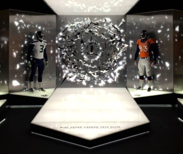 Nike Superbowl XL. Designed and Produced by Tangram Int. and Nike. Built by JCDP