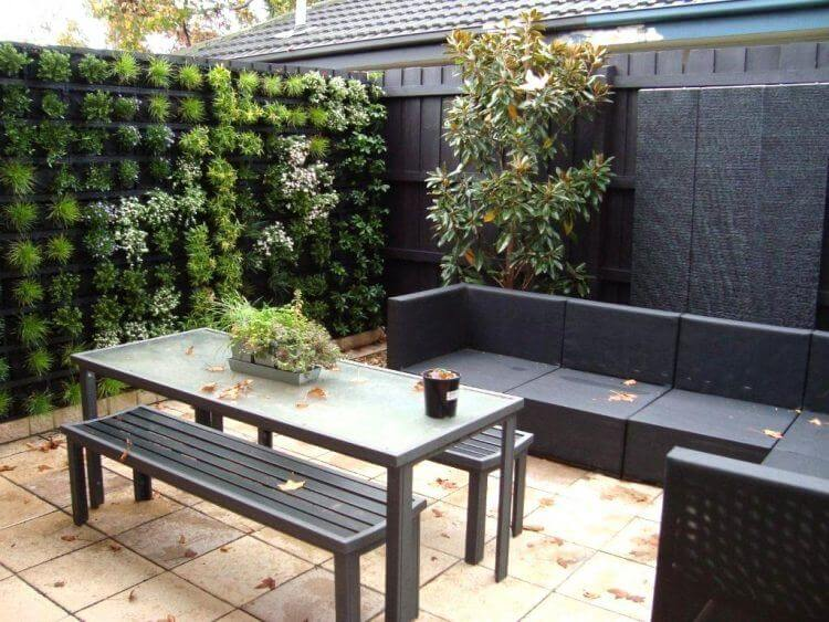 Small Yard Landscaping - 9 Landscaping Ideas for a small yard on Small Enclosed Patio Ideas id=60749