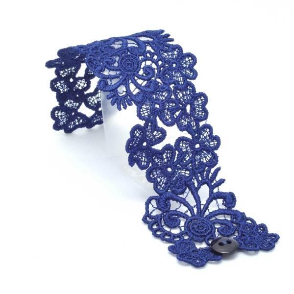Trefoil Lace Bracelet Lacelet in Dark Navy